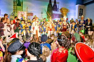 kindersitzung-karneval-koeln-2015-53