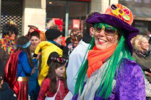 rosenmontagszug-rosenmontag-2015-karneval-koeln-18