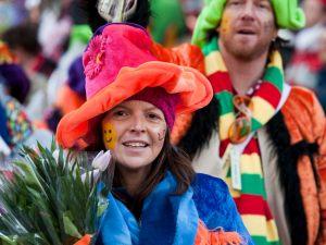 rosenmontagszug-rosenmontag-2015-karneval-koeln-25