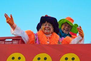 rosenmontagszug-rosenmontag-2015-karneval-koeln-35