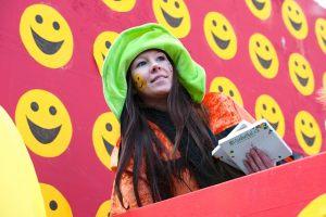 rosenmontagszug-rosenmontag-2015-karneval-koeln-47