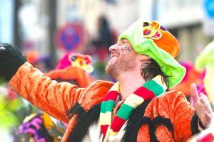 rosenmontagszug-rosenmontag-2015-karneval-koeln-50