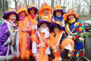 rosenmontagszug-rosenmontag-2015-karneval-koeln-59