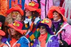 rosenmontagszug-rosenmontag-2015-karneval-koeln-97