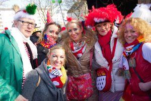 weiberfastnacht-2015-karneval-koeln-18