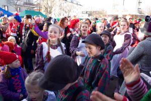 weiberfastnacht-2015-karneval-koeln-24