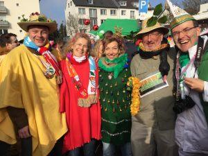 weiberfastnacht-2015-karneval-koeln-29