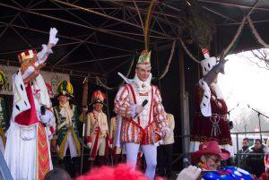 weiberfastnacht-2015-karneval-koeln-30