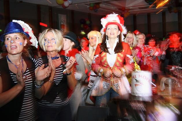 05-maedchensitzungen-karneval-koeln-lindenthal