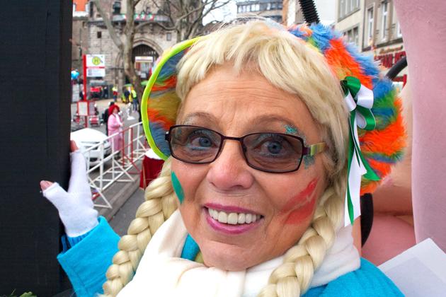 07-rosenmontagszug-karneval-koeln-lindenthal-cologne