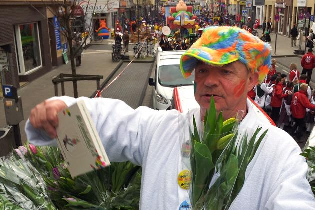 13-rosenmontagszug-karneval-koeln-lindenthal-cologne