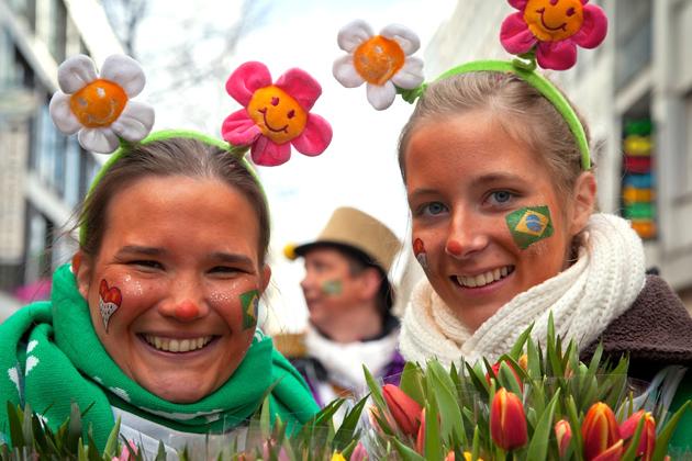 19-rosenmontagszug-karneval-koeln-lindenthal-cologne